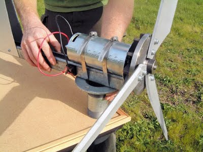 Как сделать простой ветряк своими руками 51
